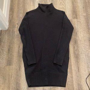 LLL Mockneck Sweatshirt Dress